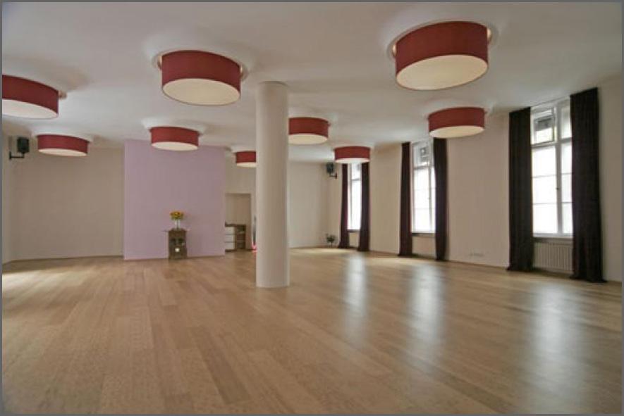 yogafestival berlin bryan kest workshop eiswuerfel im schuh. Black Bedroom Furniture Sets. Home Design Ideas