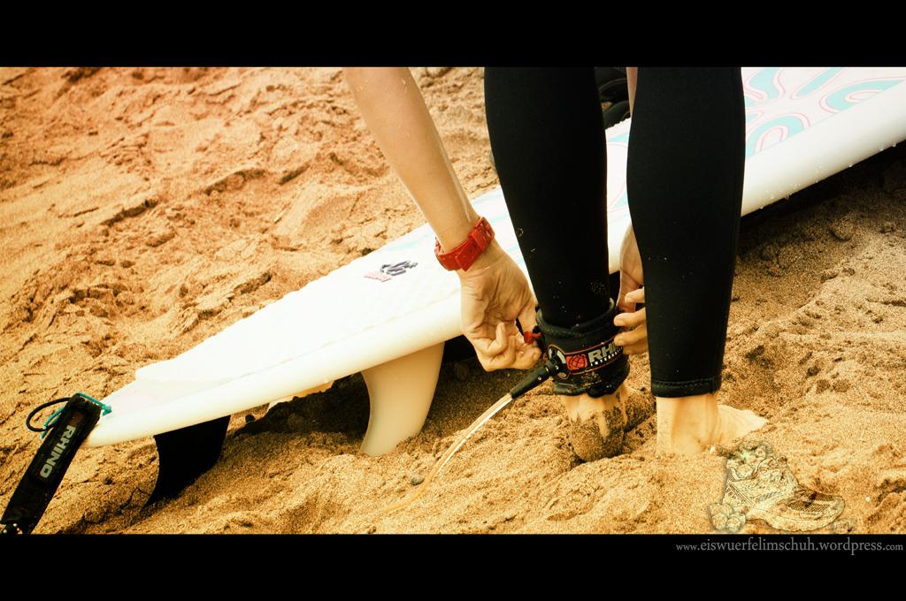 Surfing-Girl-Fuerteventura (02)