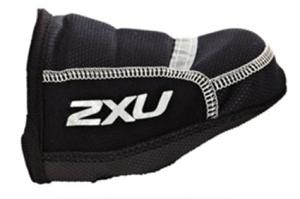 Rennrad-Triathlon-Ideal-in-Herbst-und-Frühjahr-2XU-Toe-Covers
