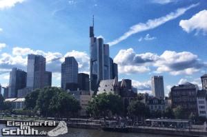 Eiswuerfelimschuh-Frankfurt-SportScheck-Samsung-Galaxy-S5-Gear-Fit-5