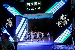 EISWUERFELIMSCHUH - NIKE We Own The Night Women Run Lauf Event Berlin 2014 (110)