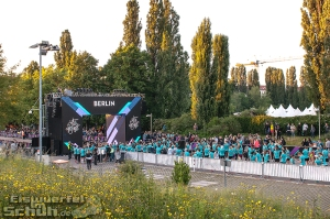 EISWUERFELIMSCHUH - NIKE We Own The Night Women Run Lauf Event Berlin 2014 (81)