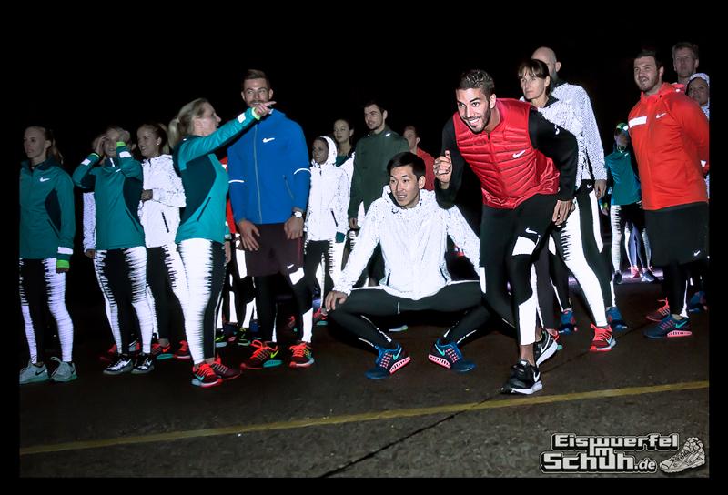 EISWUERFELIMSCHUH - NIKE ZOOM Laufen Berlin Leichtathletik (81)