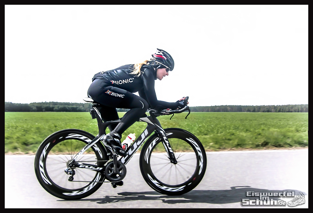 EISWUERFELIMSCHUH - Training Triathlon Rad FUJI ZIPP Xbionic (02)