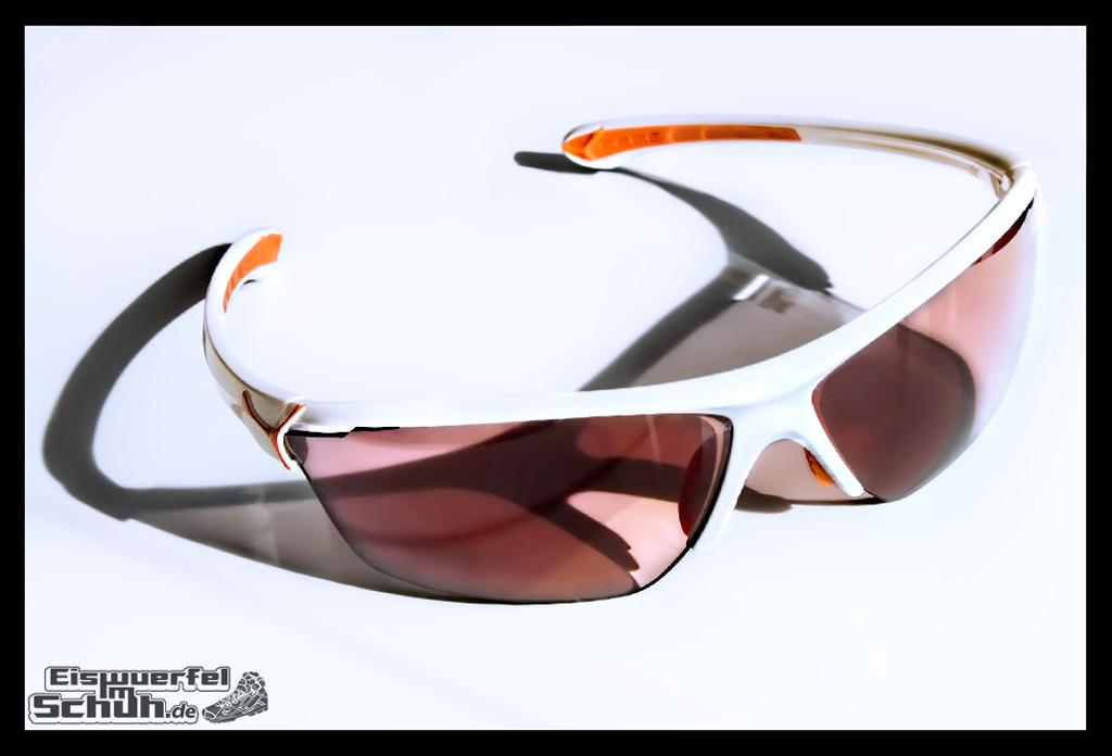 EISWUERFELIMSCHUH - CEBE CINETIK Sonnenbrille REEBOK (2)