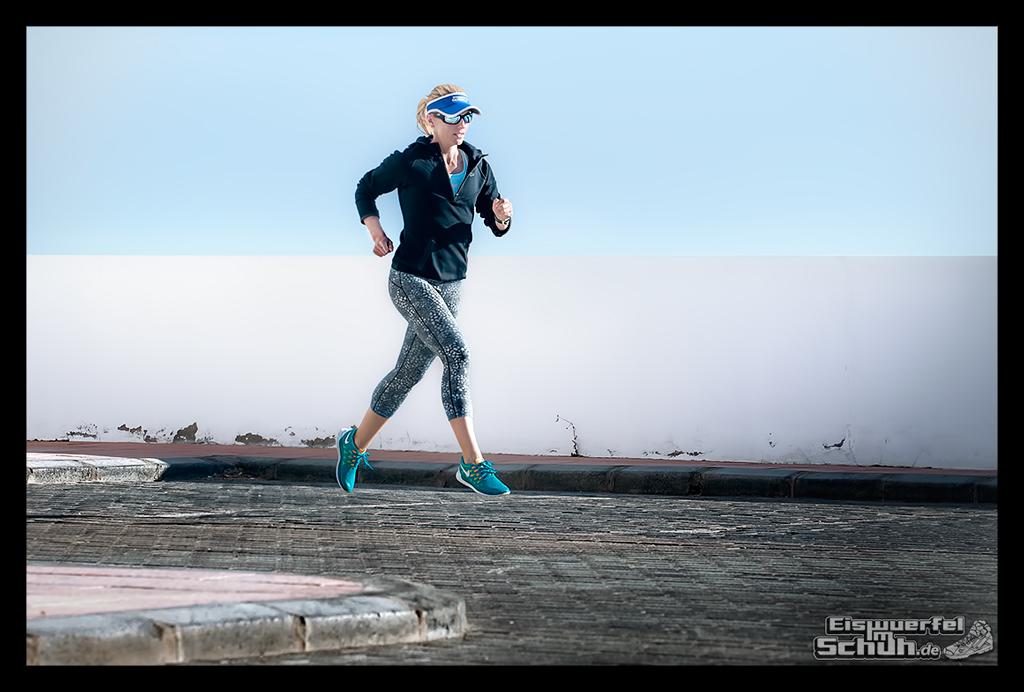 EISWUERFELIMSCHUH - NIKE Running Fitness Training (6)