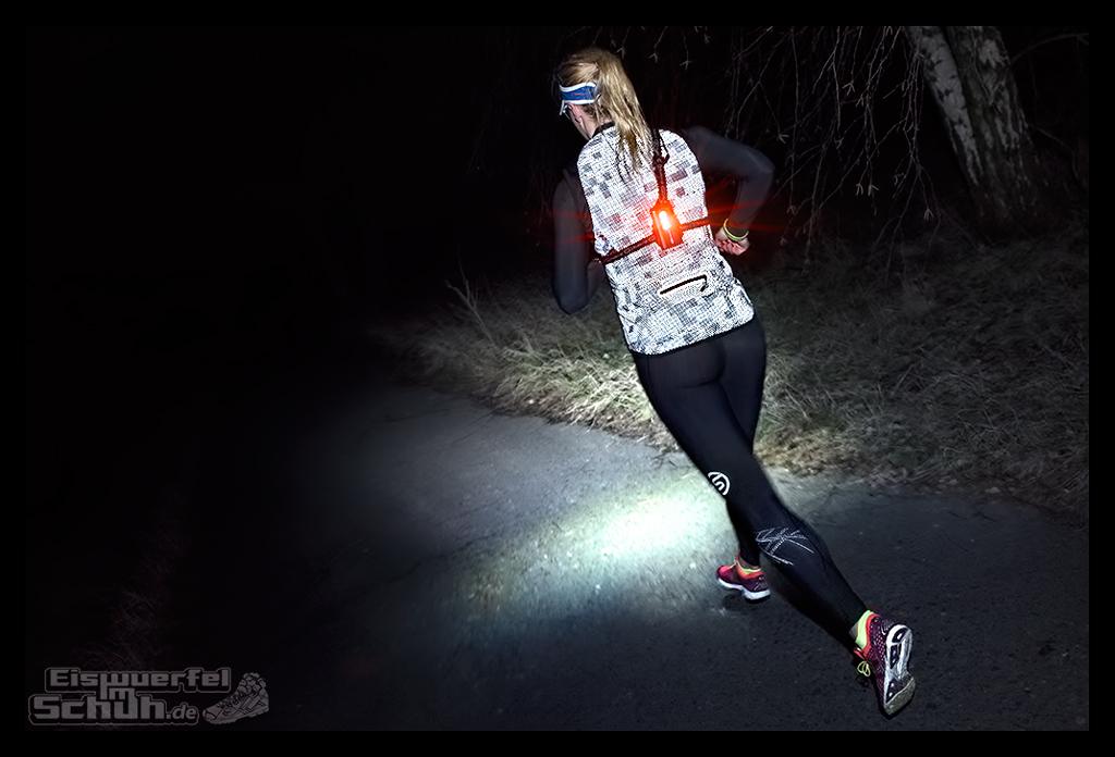 EISWUERFELIMSCHUH - Laufen Bei Dunkelheit TIPS NIKE SKINS New Balance Garmin (11)