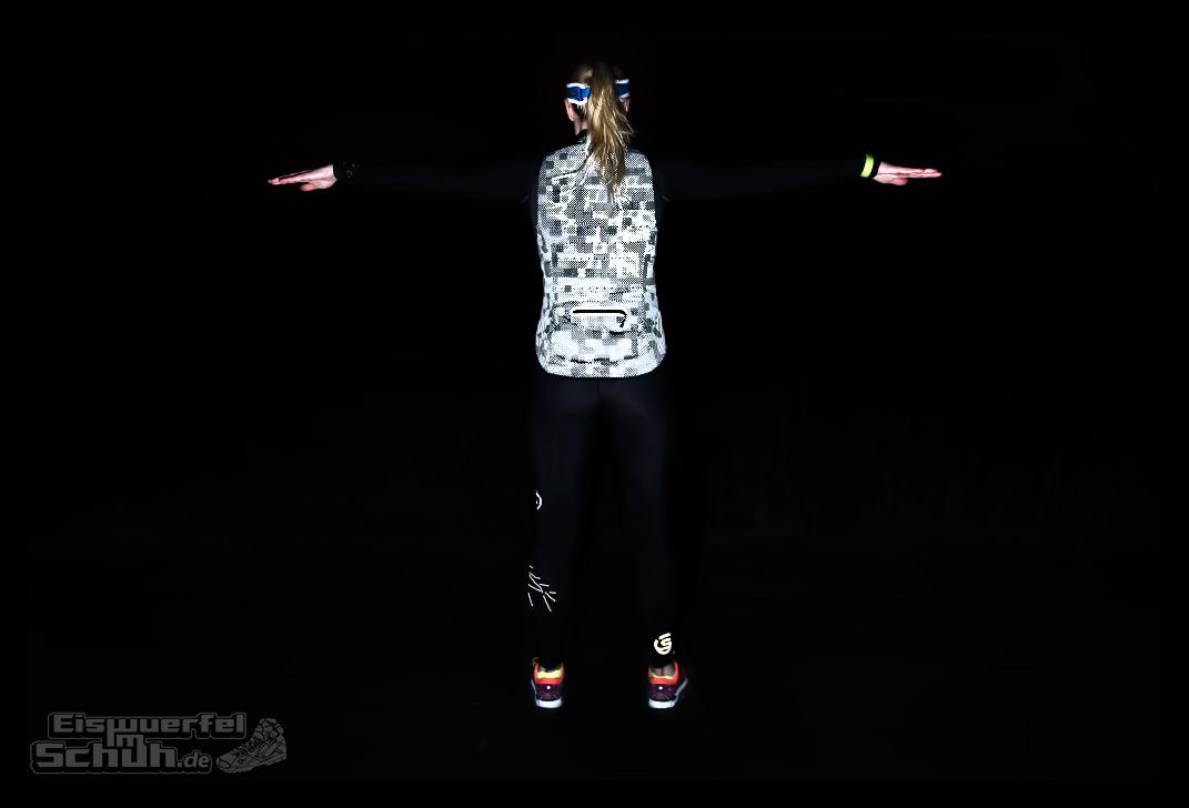 EISWUERFELIMSCHUH - Laufen Bei Dunkelheit TIPS NIKE SKINS New Balance Garmin (8)